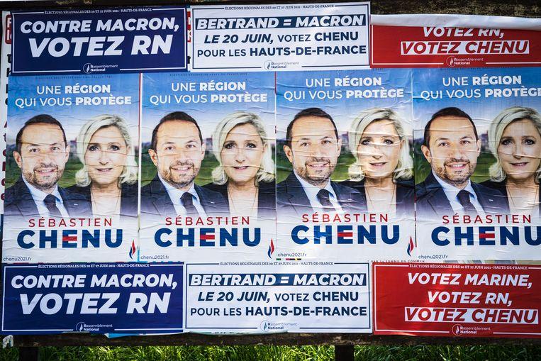 Sebastien Chenu en Marine Le Pen. Extreemrechts deed het minder goed dan de peilingen voorspelden. Beeld Amaury Cornu