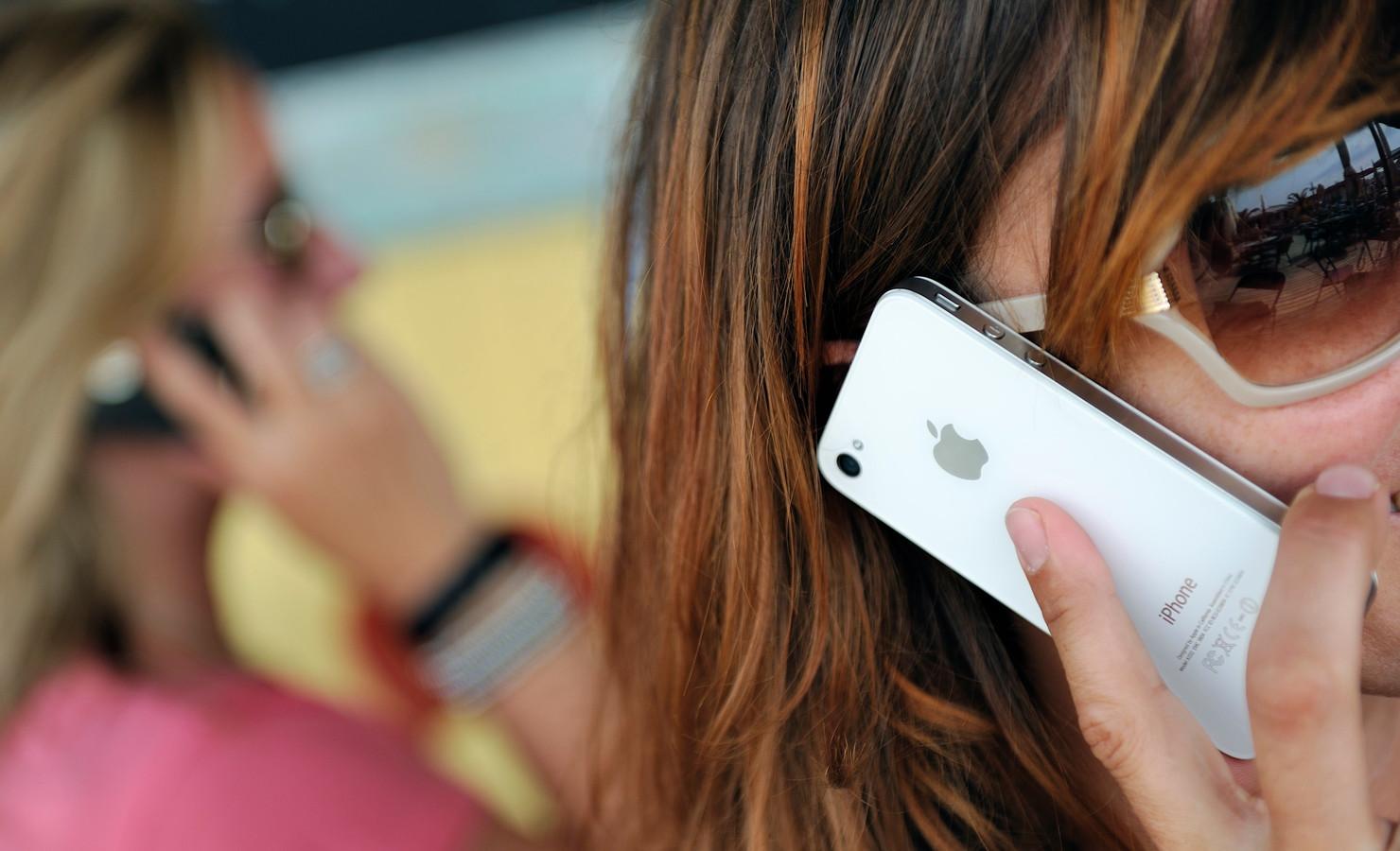 Tientallen telefoons werden gestolen uit school.