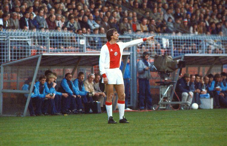 Johan Cruijff in 1982, tijdens een wedstrijd tegen NEC. Beeld ANP