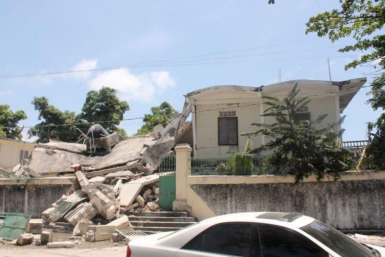 Verwoestingen in Les Cayes.  Beeld AFP