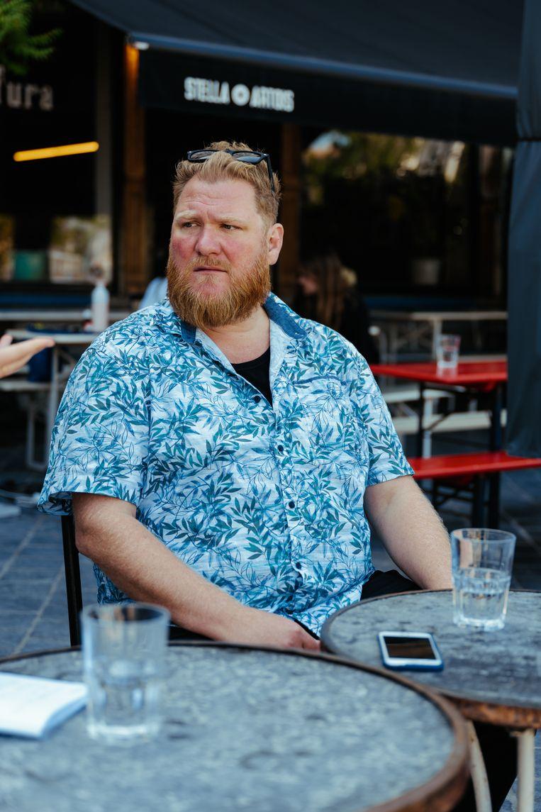 Voor Dominique Van Malder, bedenker van 'Albatros', zijn de taboes rond zwaarlijvigheid geen onbekend terrein. 'Ik bén het thema.'  Beeld Damon De Backer
