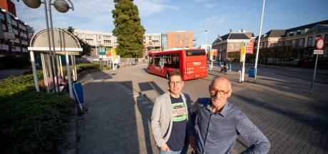 'Dit busstation in centrum Almelo is compleet overbodig'