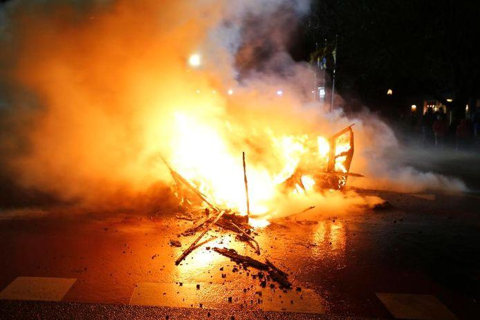 Caravan in brand Wijk en Aalburg.
