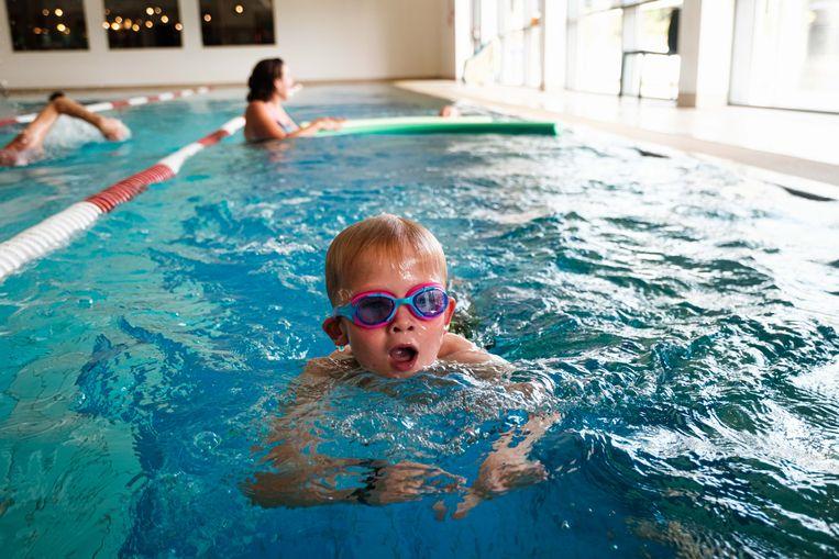 De Ieperse sportdienst is op zoek naar  zwemlesgevers.