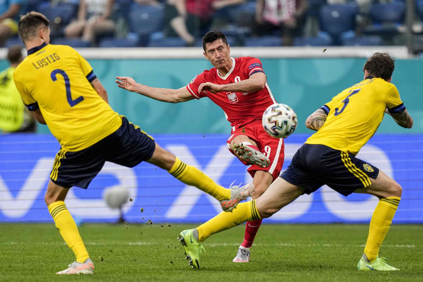 2-1: Lewandowski met heerlijke knal.
