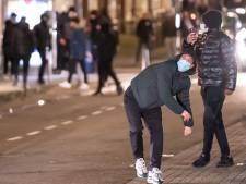 Eerste Rotterdammer (21) meldt zich nadat politie dreigt foto's vrij te geven van relschoppers