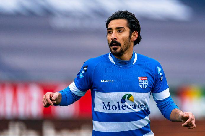 Clubtopscorer Reza Ghoochannejhad begint ook onder Leeroy Echteld, de tijdelijke vervanger van John Stegeman, op de bank.