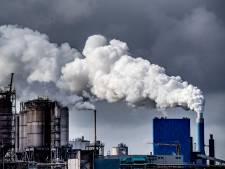 Hof maakt gehakt van verweer Staat: Uitstoot moet omlaag