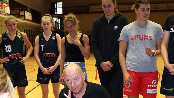 """25 jaar later is er weer Europees basketbal in Kortrijk. Coach Benny Mertens: """"Weinig dames in Vlaanderen kunnen zeggen dat ze op dat niveau speelden"""""""