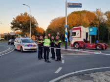 Fietsster ernstig gewond na ongeluk met vrachtwagen op kruising in Wijchen