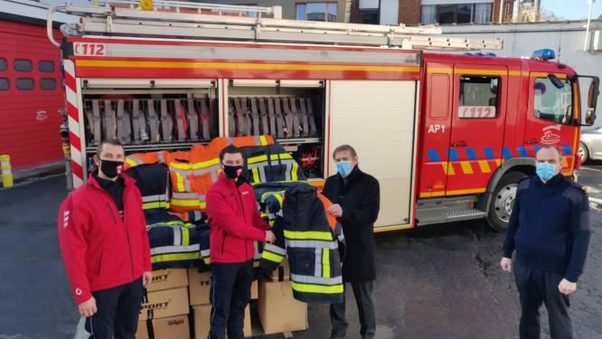 Brandweer Vlaamse Ardennen schenkt brandweervesten en -broeken aan collega's in Portugal