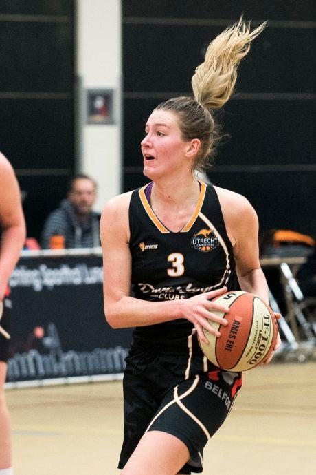Basketbalsters Utrecht Cangeroes onderuit in eerste play-offduel