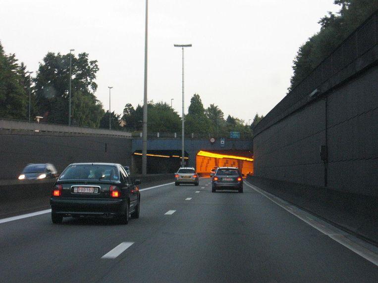 De Vierarmentunnel gaat de komende negen weken telkens vijf nachten per week dicht richting Zaventem.