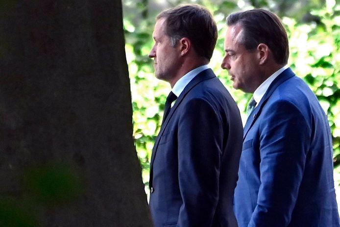 Paul Magnette et Bart De Wever vont remettre leur premier rapport au Roi ce vendredi.