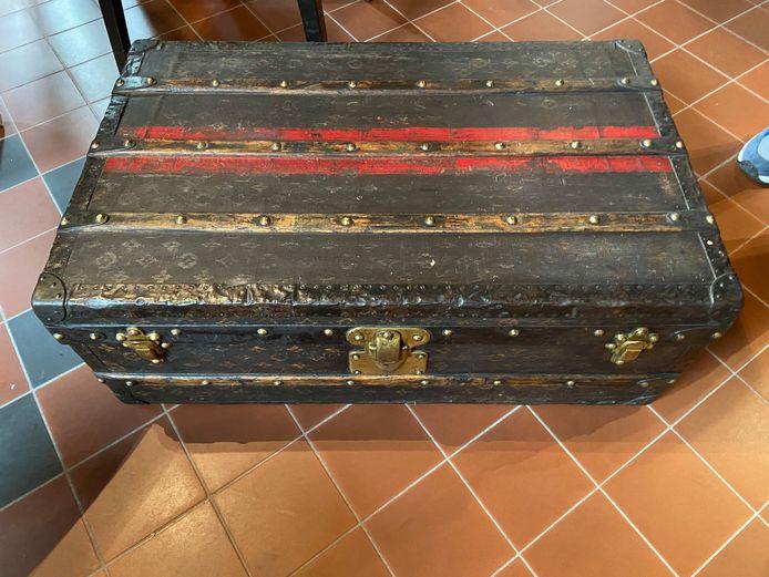 Kist van Louis Vuitton uit 1906