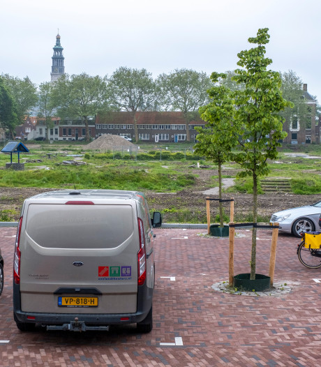 Strijd laait weer op: park of parkeren aan het Molenwater in Middelburg?