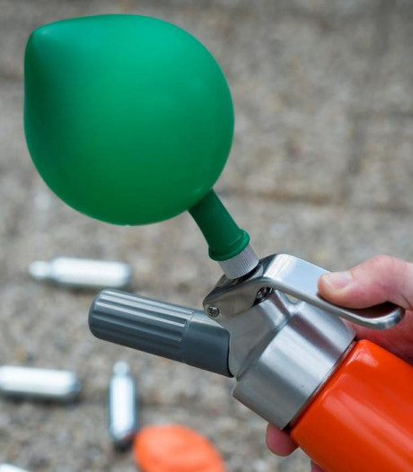 Gemeenteraad Hengelo wil lachgas verbieden