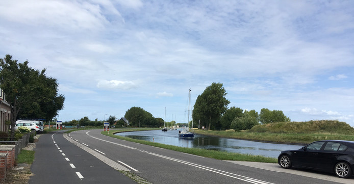 Het kanaal tussen Goes en Wilhelminadorp