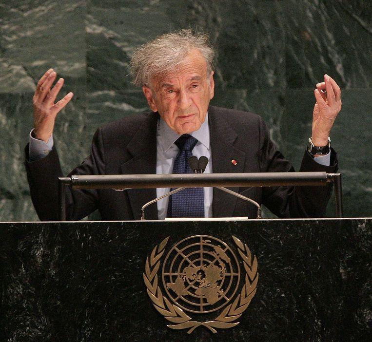 Elie Wiesel spreekt de Verenigde Naties toe. Beeld AFP