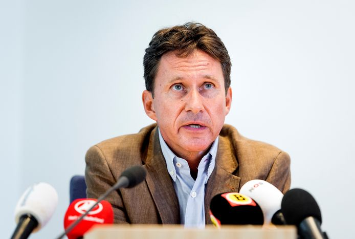Charles van der Voort.