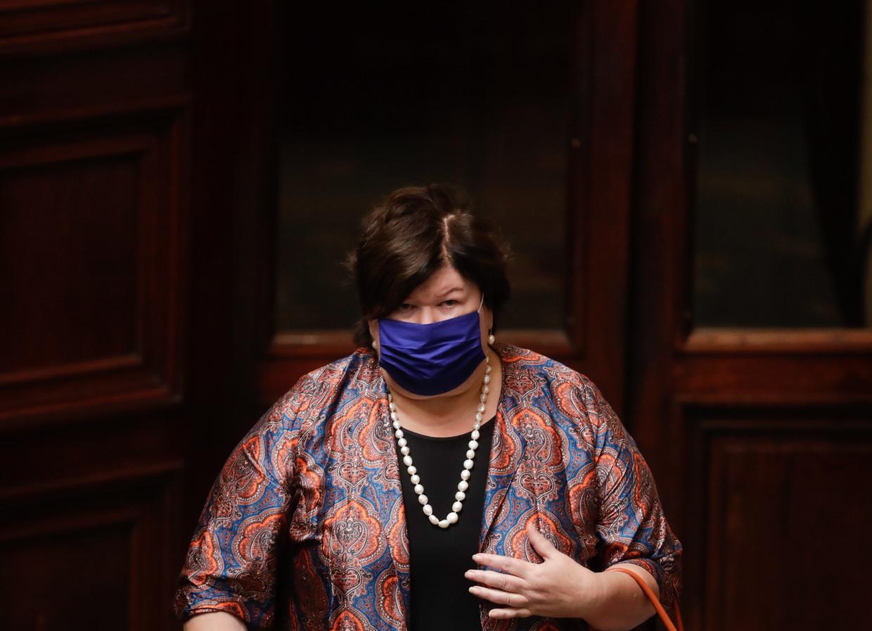 Of oud-minister Maggie De Block verantwoordelijk is voor het niet vervangen van de strategische stock mondmaskers? De coronacommissie liet de vraag ongemoeid. Beeld EPA