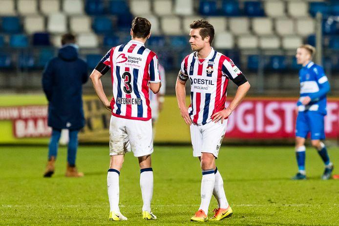 Jordens Peters baalt na de nederlaag tegen PEC Zwolle.