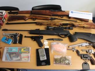 Indrukwekkend wapenarsenaal gevonden na schietincident op woning in Stabroek: twee neven opgepakt