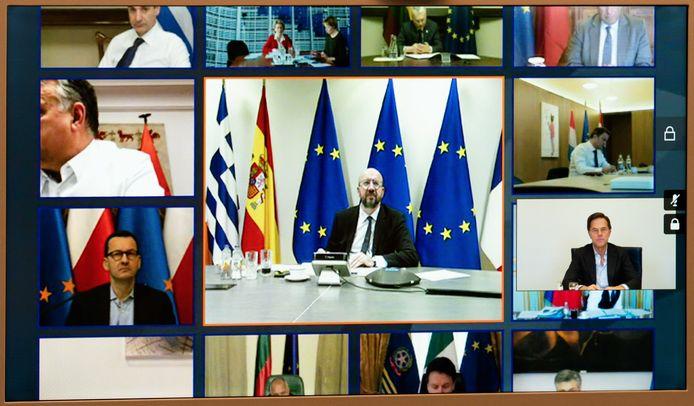 Premier Mark Rutte tijdens een videoconferentie met de regeringsleiders van de 27 EU-landen .
