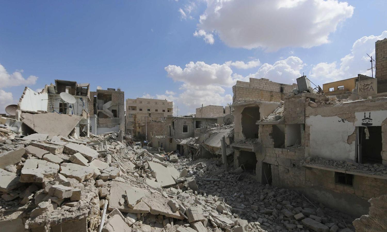 Beelden van het noorden van Syrië, het is door de hevige gevechten veranderd in een ruïne.