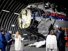 Rechters en advocaten bekijken wrak MH17: 'Dichterbij de dood van 298 mensen komen we niet'