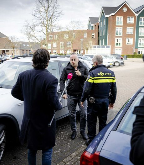Woede en onbegrip over agressie rond kerkdienst Urk, Grapperhaus wil snel in gesprek met kerkkoepel