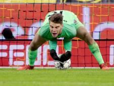 Vitesse wint duel der subtoppers van Utrecht na megablunder Paes