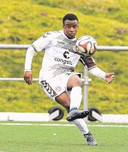 Moukoko hier in het shirt van Sankt-Pauli, dat hem naar Borussia Dortmund zag vertrekken.