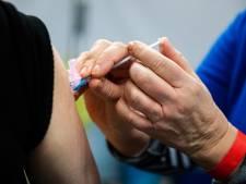 Stormloop op vaccinatieafspraken na 22.00 uur: komende week geen plek meer te krijgen