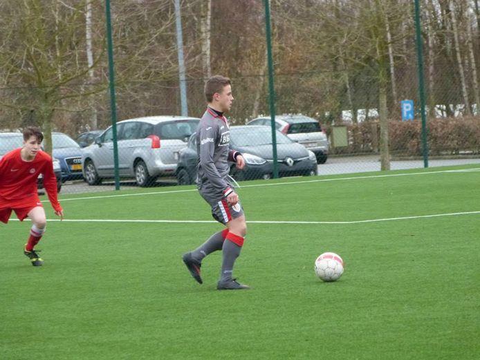 Thibaud Verlinden in actie tegen KV Kortrijk