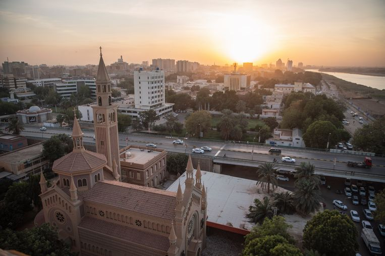 Een uitzicht op St. Matthew's Cathedral in Khartoem, Soedan.  Beeld Getty Images