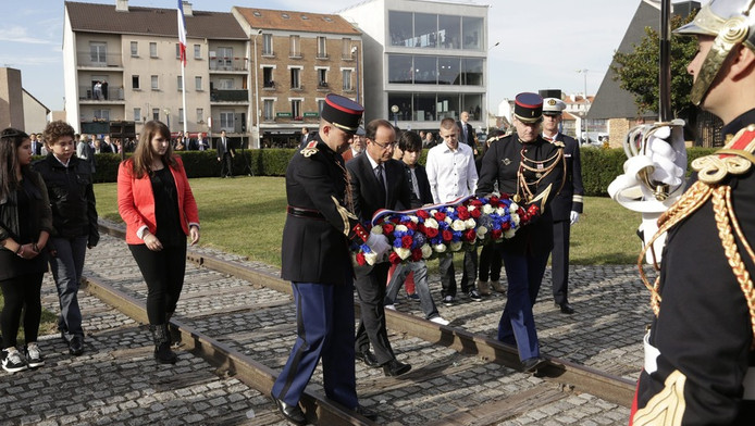 Hollande tijdens de Drancy ceremonie