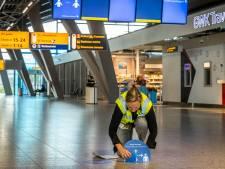 Zeven passagiers Eindhoven Airport besmet met corona