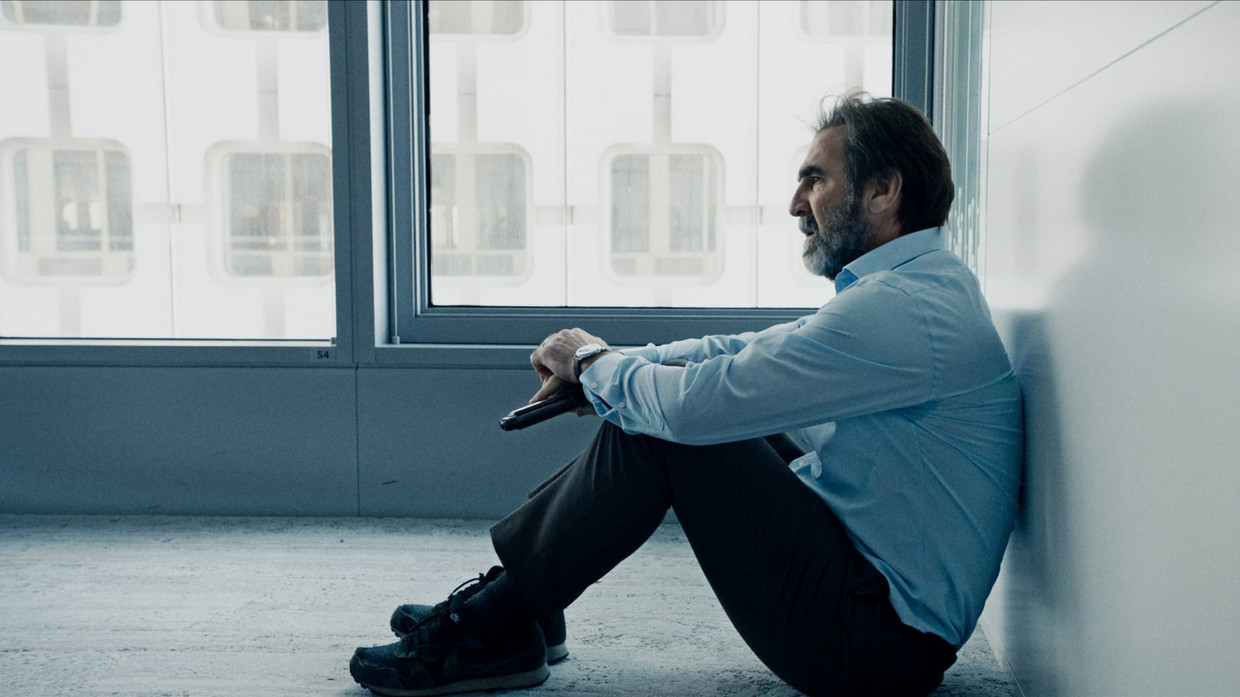 Éric Cantona in Dérapages  Beeld Netflix