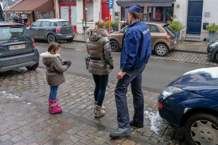Buurtregisseur bij politie: Bewoners kunnen bij hem terrecht met vragen over parkeerplaatsen.
