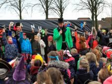 Gloednieuwe brede school in Hoeven kan voorlopig niet open: geen zekerheid dat vloeren veilig zijn