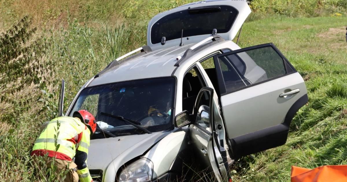 Twee gewonden na ernstig ongeval bij Haaksbergen: traumahelikopter geannuleerd.