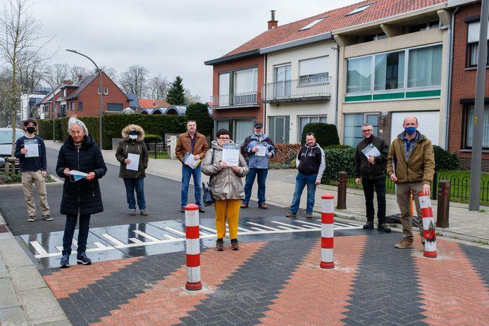 Oppositiepartij Vlaams Belang blijft zich verzetten tegen de knip.