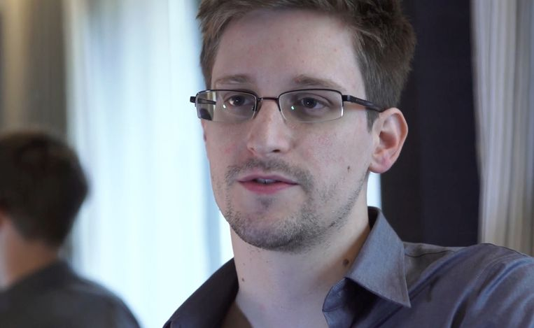 Edward Snowden kan drie jaar langer in Rusland verblijven en mag ook het land verlaten voor maximum drie maanden. Beeld AP