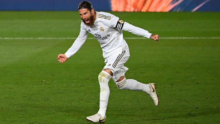 Jubilaris Ramos zet Real in zetel in titelstrijd