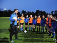 Zeeuwse voetbalmeiden spelen in een competitie met 28 (!) teams