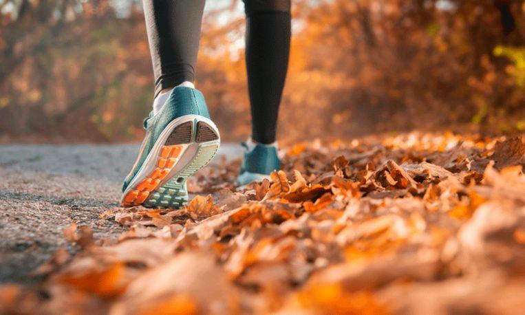 Waarom je 's ochtends nooit moet sporten op een lege maag