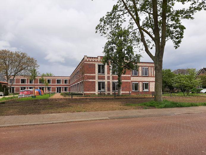 Verpleeghuis Andalhof is opgeleverd, de tuin is ook aangelegd.