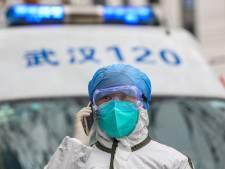 """La menace liée au coronavirus passe à """"élevée"""" à l'international"""