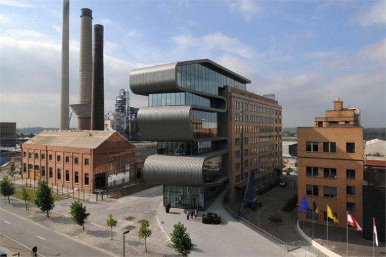 Umicore: een rijk industrieel verleden vlecht samen met een innovatieve toekomst. Beeld rv